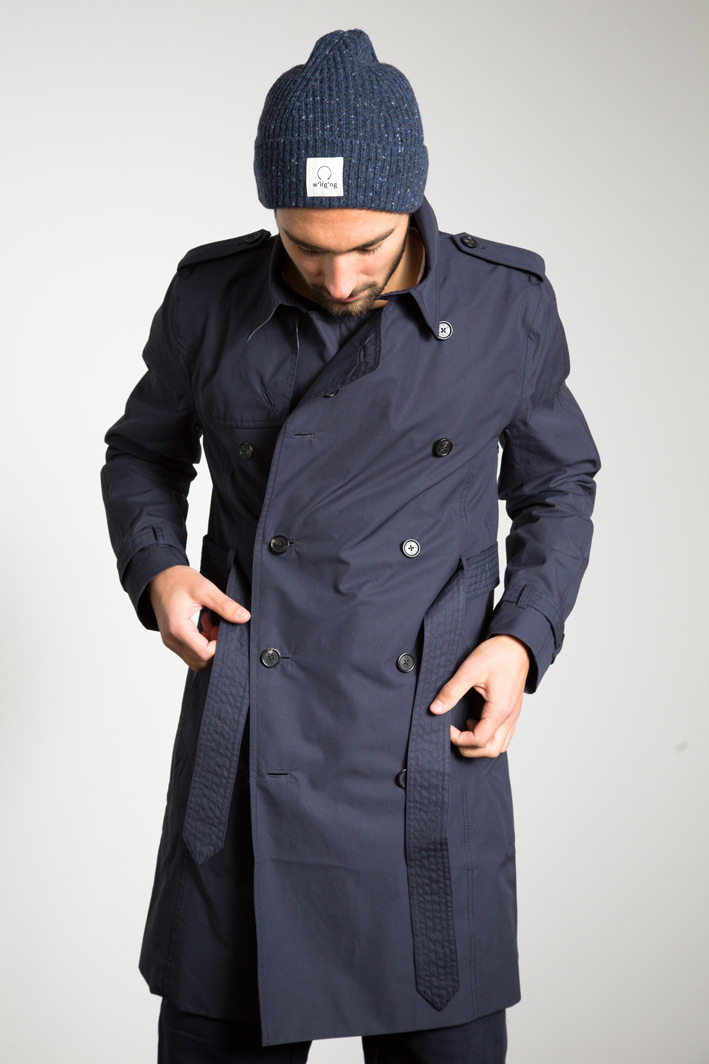 Manu wearing the water repellent EtaProof Trench Coat